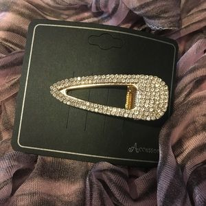 Accessories - Crystal Hair Barrette Clip NWT